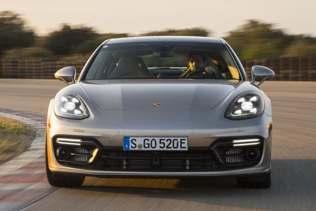 2018 Porsche Panamera: New Car Review featured image large thumb4