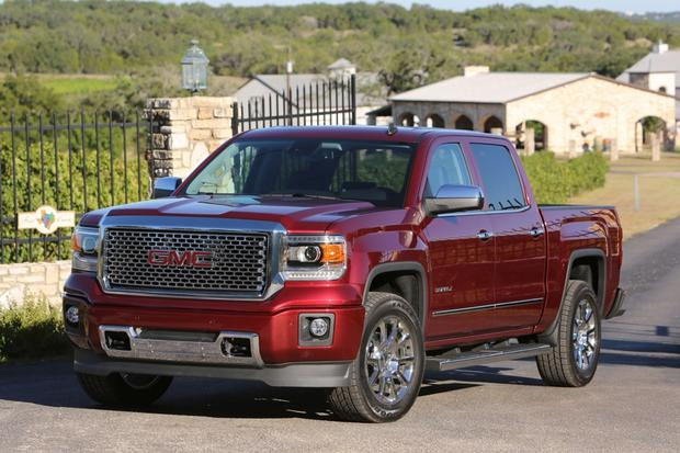 2014 ram 1500 vs 2014 gmc sierra which is better autotrader. Black Bedroom Furniture Sets. Home Design Ideas
