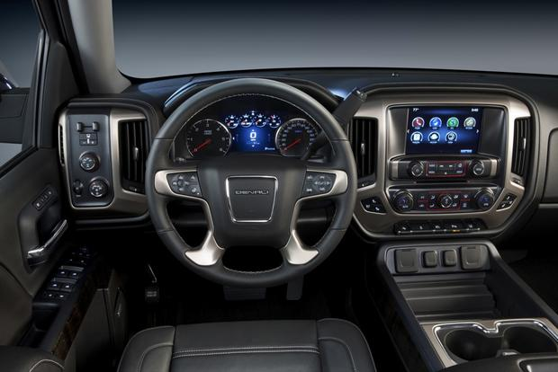 2014 Ram 1500 vs. 2014 GMC Sierra: Which Is Better? featured image large thumb8