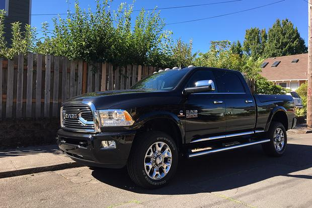 2017 ram 2500 limited putting this heavy duty pickup to light duty work autotrader. Black Bedroom Furniture Sets. Home Design Ideas