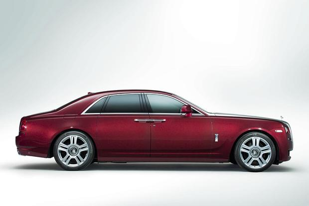 2017 Rolls-Royce Ghost: Overview featured image large thumb3