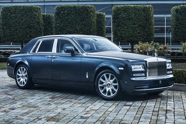 2017 Rolls-Royce Phantom: Overview featured image large thumb0