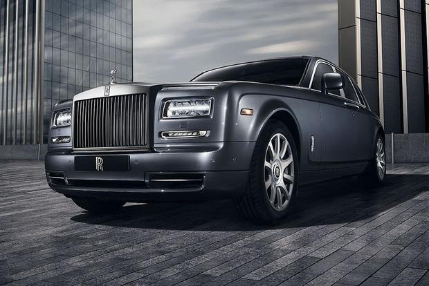 2017 Rolls-Royce Phantom: Overview featured image large thumb2