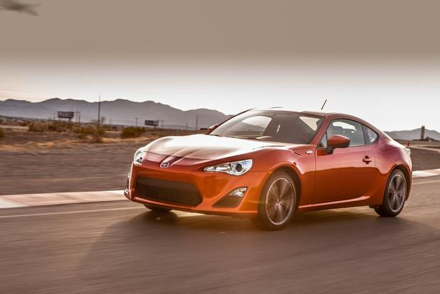 2013 Scion FR-S: New Car Review featured image large thumb4