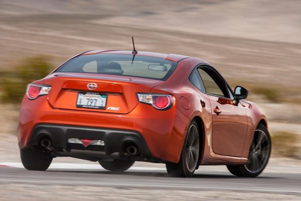 2013 Scion FR-S: New Car Review Video featured image large thumb7