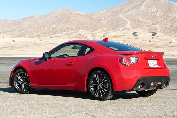 2015 scion fr s new car review autotrader. Black Bedroom Furniture Sets. Home Design Ideas