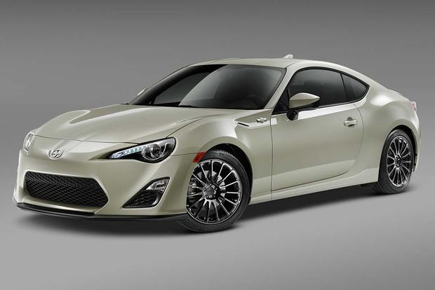 2016 Scion FR-S: New Car Review