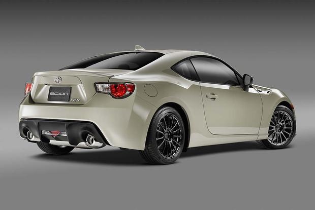 2016 scion fr s new car review autotrader. Black Bedroom Furniture Sets. Home Design Ideas