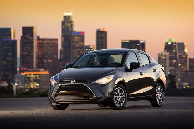 2016 Scion iA vs. 2016 Scion iM: What's the Difference? featured image large thumb11