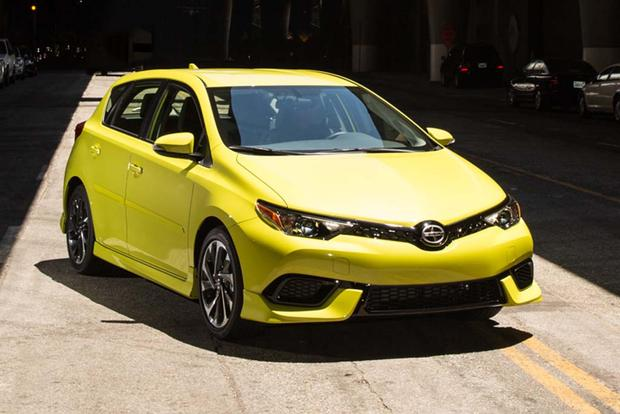 2016 Scion iA vs. 2016 Scion iM: What's the Difference? featured image large thumb6