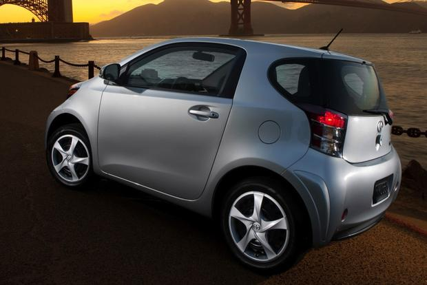2013 Scion iQ: New Car Review featured image large thumb1