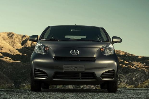 2014 Scion iQ: New Car Review featured image large thumb2