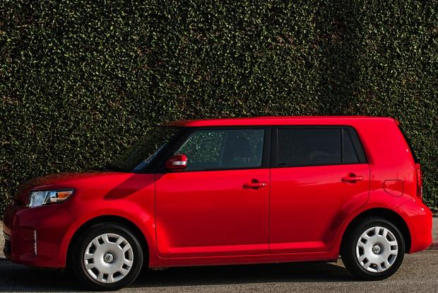 2013 Scion xB: New Car Review featured image large thumb1