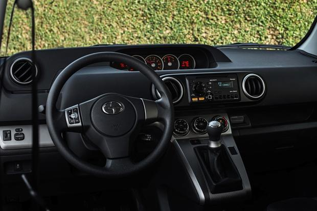 2013 Scion xB: New Car Review featured image large thumb9