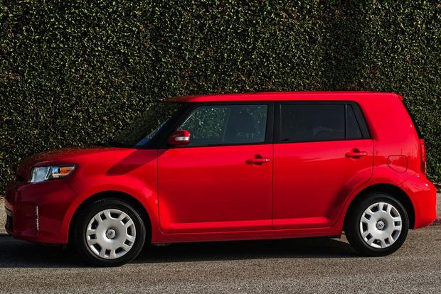 2014 Scion xB: New Car Review featured image large thumb3