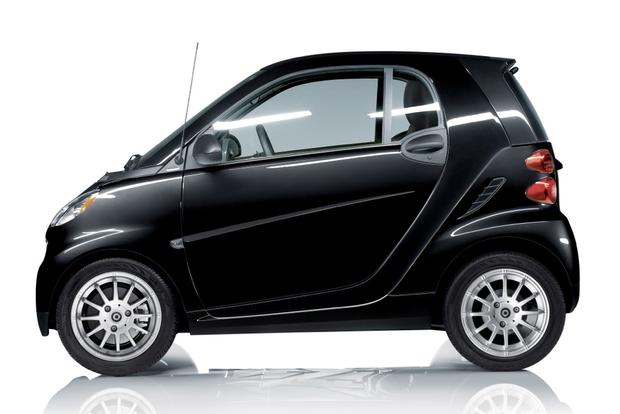 2013 smart fortwo: OEM Image Gallery featured image large thumb1