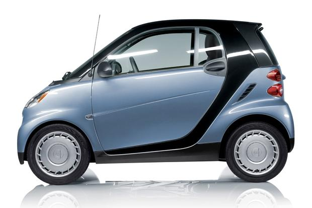 2013 Smart Fortwo: New Car Review featured image large thumb3