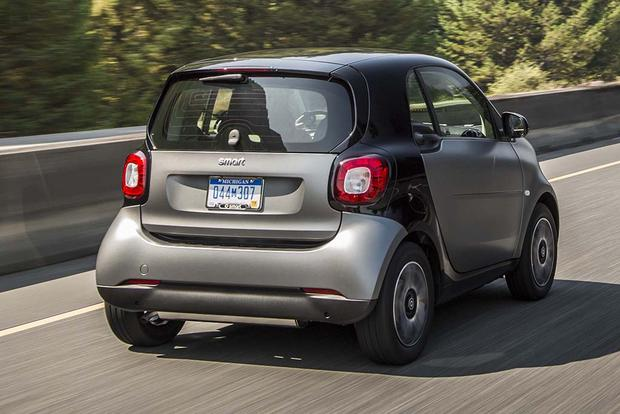 2015 vs. 2016 smart fortwo: What's the Difference? featured image large thumb10