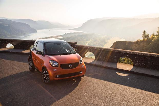 2016 smart fortwo: First Drive Review featured image large thumb3