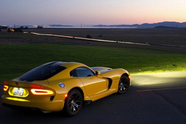 2013 SRT Viper: First Drive Review featured image large thumb0