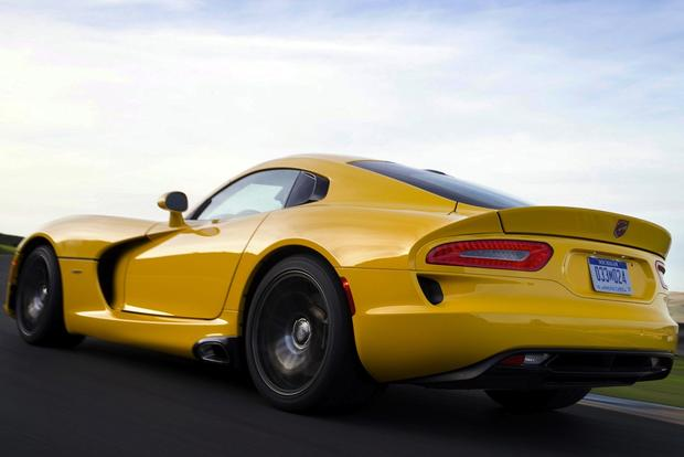 2013 SRT Viper: First Drive Review featured image large thumb5