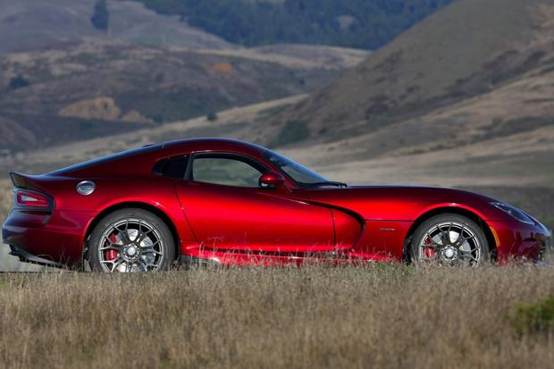 2014 SRT Viper: New Car Review featured image large thumb1
