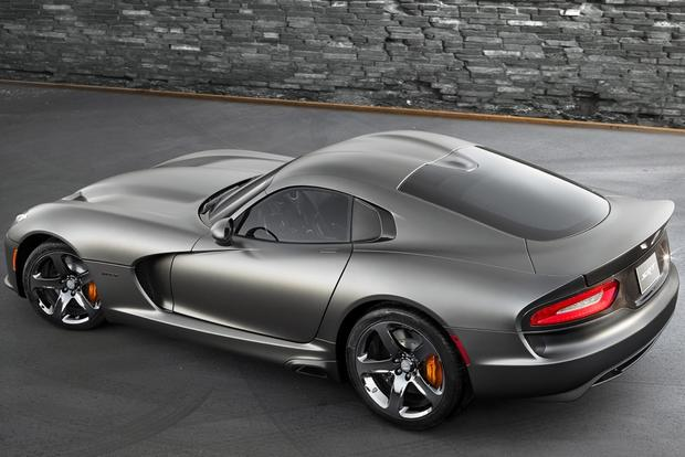 2014 SRT Viper: New Car Review featured image large thumb2