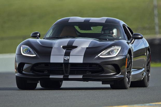 2015 Dodge Viper SRT: New Car Review featured image large thumb0