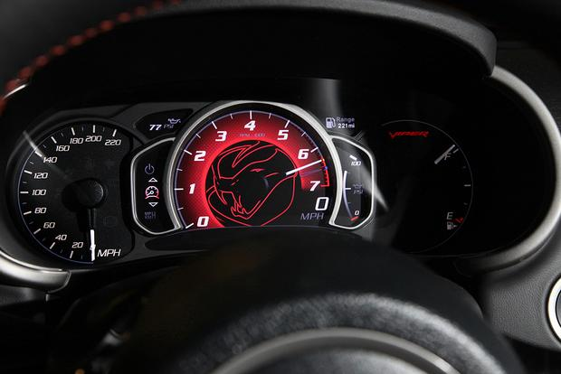2015 Dodge Viper SRT: New Car Review featured image large thumb4