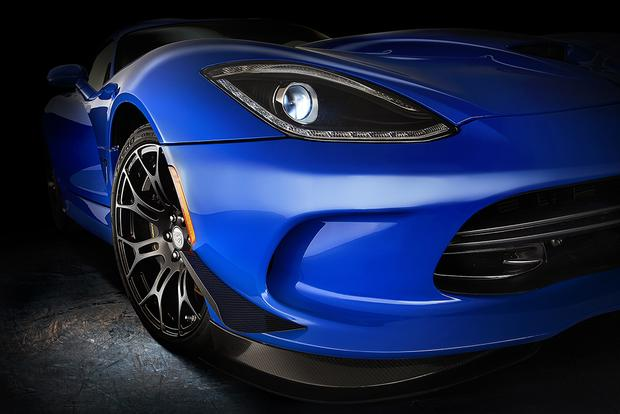 2015 Dodge Viper SRT: New Car Review featured image large thumb6