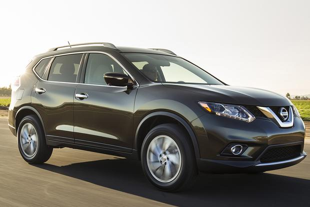 2015 Subaru Forester vs. 2015 Nissan Rogue: Which Is Better? featured image large thumb0