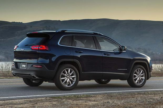 2016 Jeep Cherokee vs. 2016 Subaru Forester: Which Is Better? featured image large thumb9