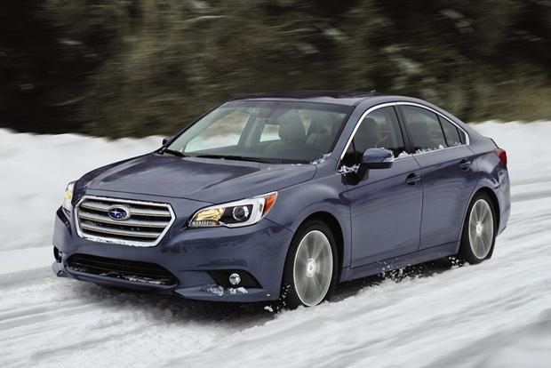 2017 Subaru Legacy: New Car Review featured image large thumb1