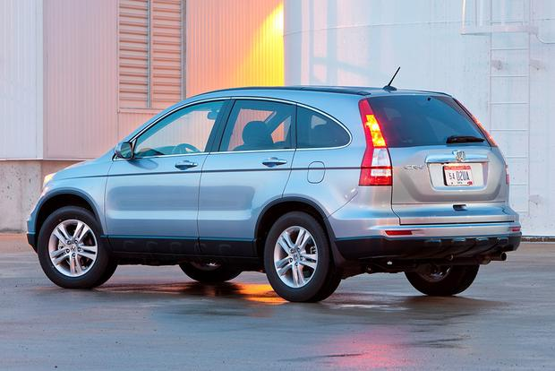 2005-2009 Subaru Outback vs. 2007-2011 Honda CR-V: Which Is Better? featured image large thumb2