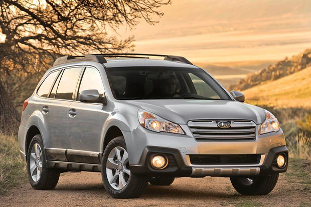 2014 vs 2015 subaru outback what 39 s the difference autotrader. Black Bedroom Furniture Sets. Home Design Ideas