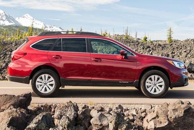 2014 vs 2015 subaru outback what s the difference autotrader