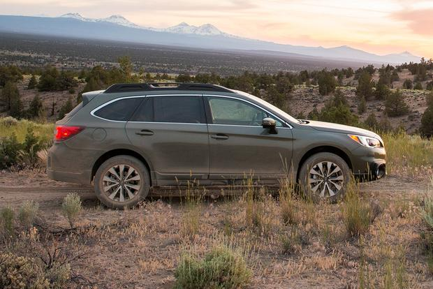 2014 subaru outback used car review autotrader. Black Bedroom Furniture Sets. Home Design Ideas