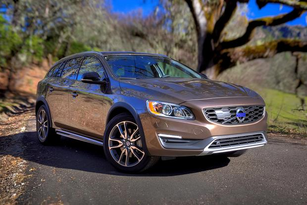 2015 Subaru Outback vs. 2015 Volvo V60: Which Is Better? featured image large thumb0
