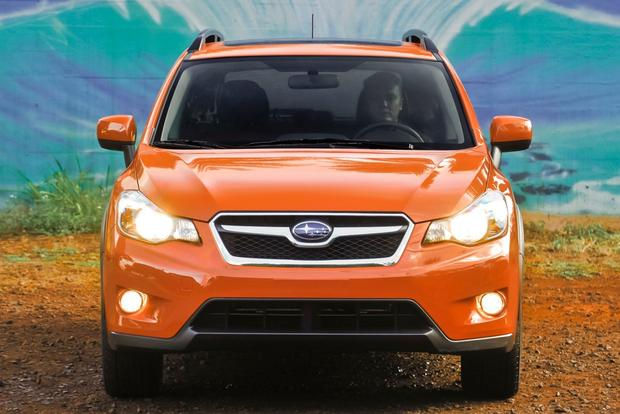 2013 Subaru XV Crosstrek: OEM Image Gallery featured image large thumb2