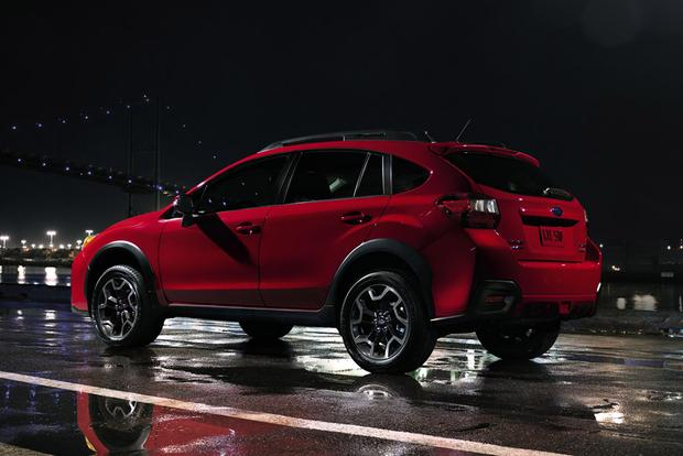 2017 vs. 2018 Subaru Crosstrek: What's the Difference? featured image large thumb7