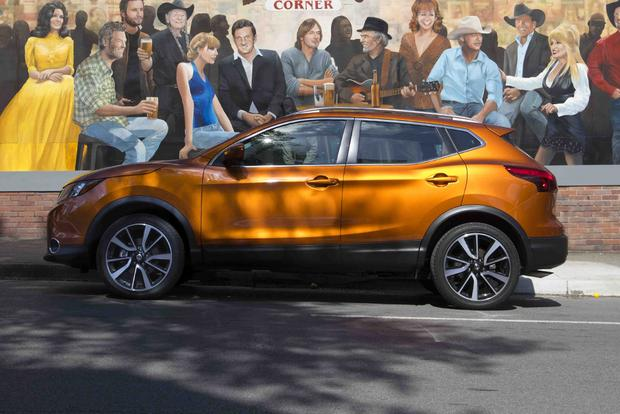 2018 Subaru Crosstrek vs. 2017 Nissan Rogue Sport: Which Is Better? featured image large thumb2