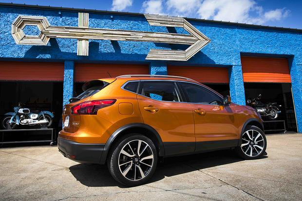 2018 Subaru Crosstrek vs. 2017 Nissan Rogue Sport: Which Is Better? featured image large thumb8