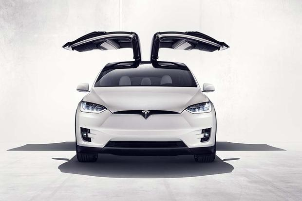 2016 Tesla Model X: Overview