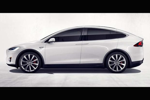 2017 Tesla Model X: Overview featured image large thumb3