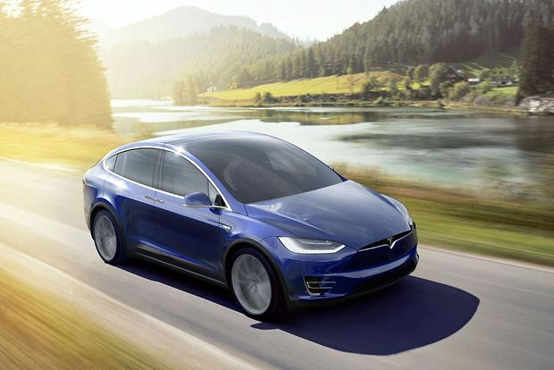 Tesla Model X vs Model S: What's the Difference? - Autotrader