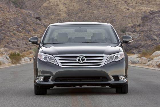 2012 Toyota Avalon: New Car Review featured image large thumb1