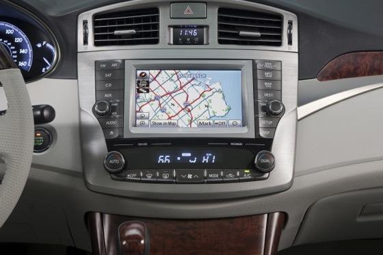2012 Toyota Avalon: New Car Review featured image large thumb4