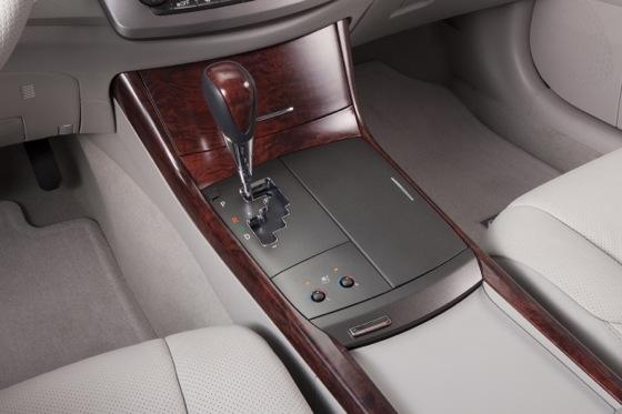 2012 Toyota Avalon: New Car Review featured image large thumb6