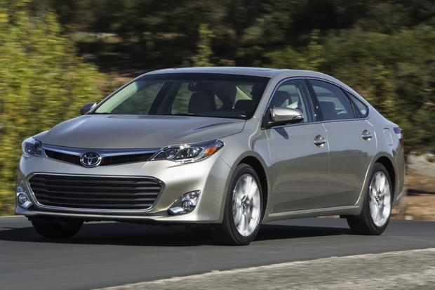 2013 Toyota Avalon: Old vs New