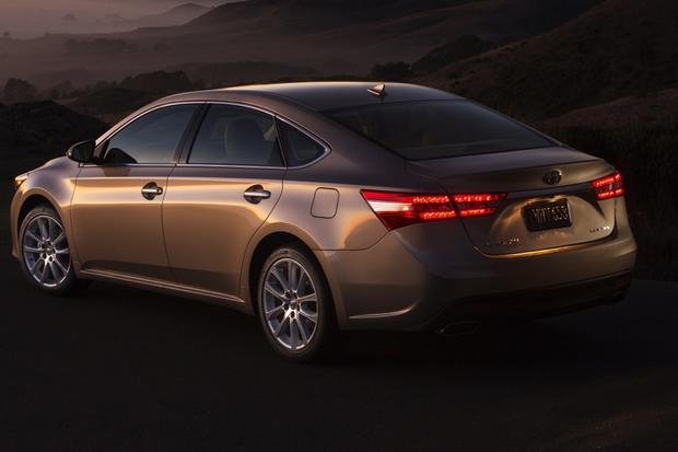 2014 Toyota Avalon: New Car Review featured image large thumb1